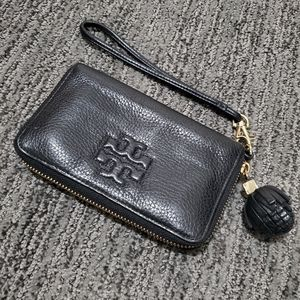 Tory Burch Thea Smartphone Wristlet
